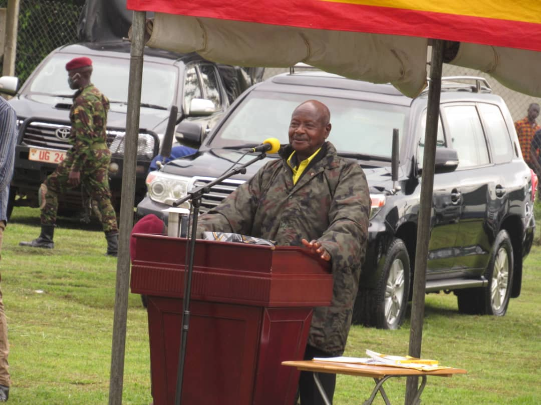 Museveni Promotes Senior Army Officers